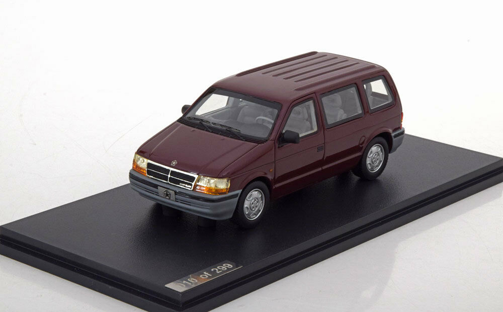 Chrysler voyager Metal Red 1994 glm105702 1 43 Resin 299 pieces