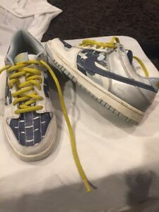 Nike Dunk Low(unisex Sz 5Y/Euro 37.5)?Good Condition