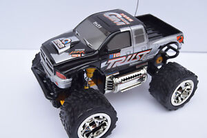 SAVAGE-AMERICAN-MONSTER-TRUCK-PICK-UP-HIGH-SPEED-RADIO-REMOTE-CONTROL-CAR