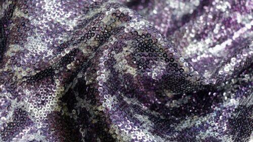 Sequin tissu-Imprimé Animal Design-cousu sur 3 MM PAILLETTES-Violet /& Argent
