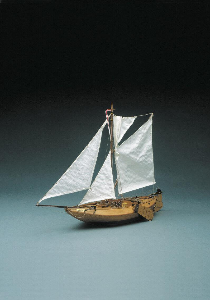 Mantua Models ARM 82. Dutch Fishing boat 1 25  Static Model Boat Kit