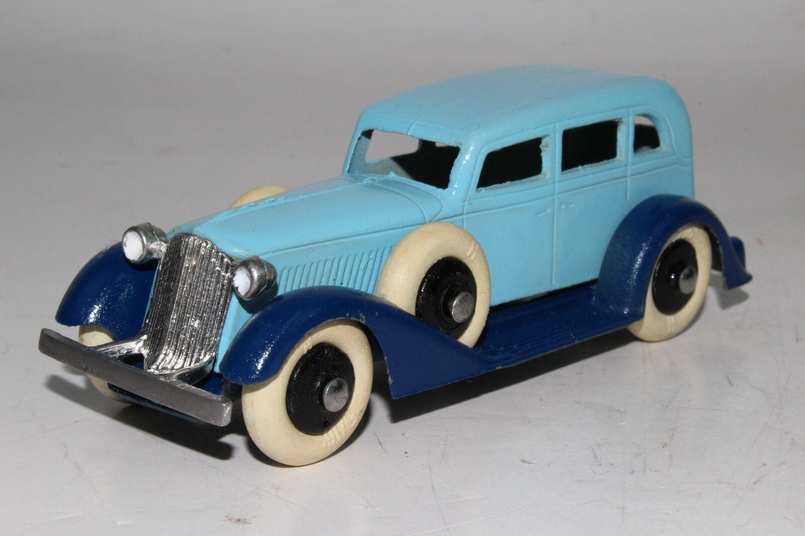 TootsieSpielzeug 1930's Graham Sedan, 2 Tone Blau, RestGoldt