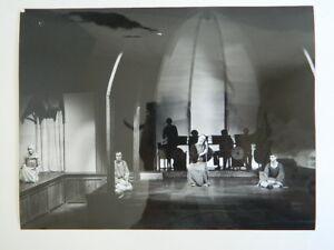 Foto-Foto-original-pano-rajak-ohanian-Opera-c-1975