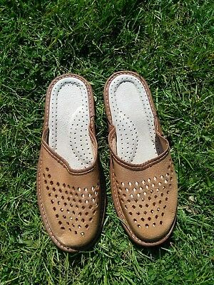 Size 7.excellent New Condition. Qualified Men's Leather Slippers Men's Shoes