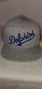 PINK-DOLPHIN-SNAPBACK-HAT
