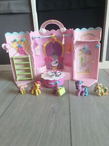 Hasbro My Little Pony Fashion Musical Wardrobe Playset