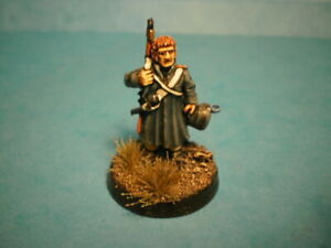 28-MM-WELL-PAINTED-FRENCH-NAPOLEONIC-FUSILIER-IN-GREATCOAT-FN-325-BY-FOUNDRY
