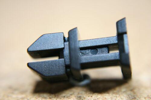 For Mercedes Benz 10 boot trunk trim push rivet fasteners clip