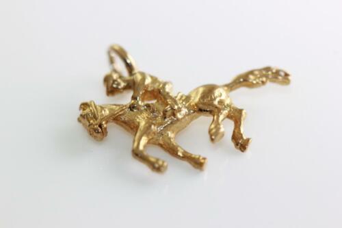 VINTAGE 14K GOLD HORSE WITH JOCKEY CHARM PENDANT R