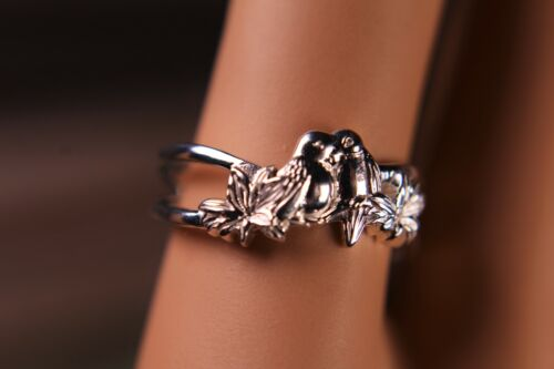 925 Sterling Silver Lovebirds Ring Nuzzling on Branch with Leaves Romantic Piece