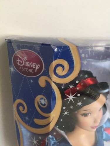 """Disney Store Exclusive Classic 12"""" Snow White Doll NEW Retired"""
