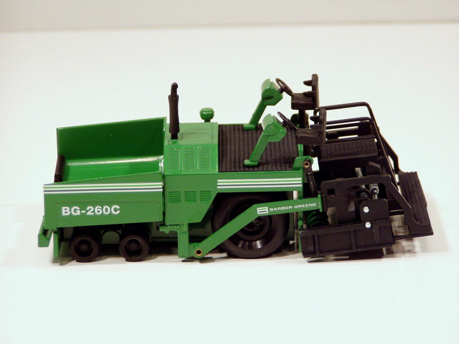 Barber Greene BG260C Paver - 1 50 50 50 - NZG MIB d82538