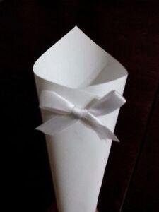 100-coni-BIANCHI-borsette-portariso-petali-matrimoni-confettat-SCEGLI-IL-FIOCCO