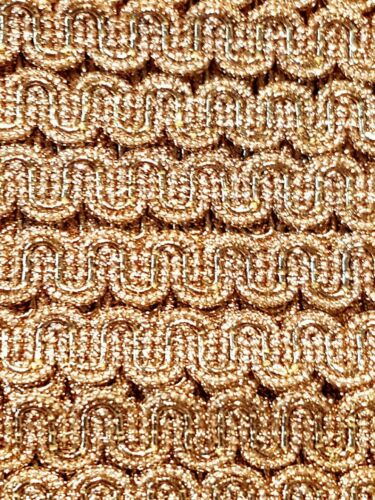 beautiful metallic gold lace trimming vintage braid