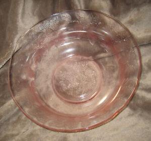 Mc-Beth-Evans-Pink-Depression-Glassware-Dogwood-Apple-Blossom-Large-Serving-Bowl