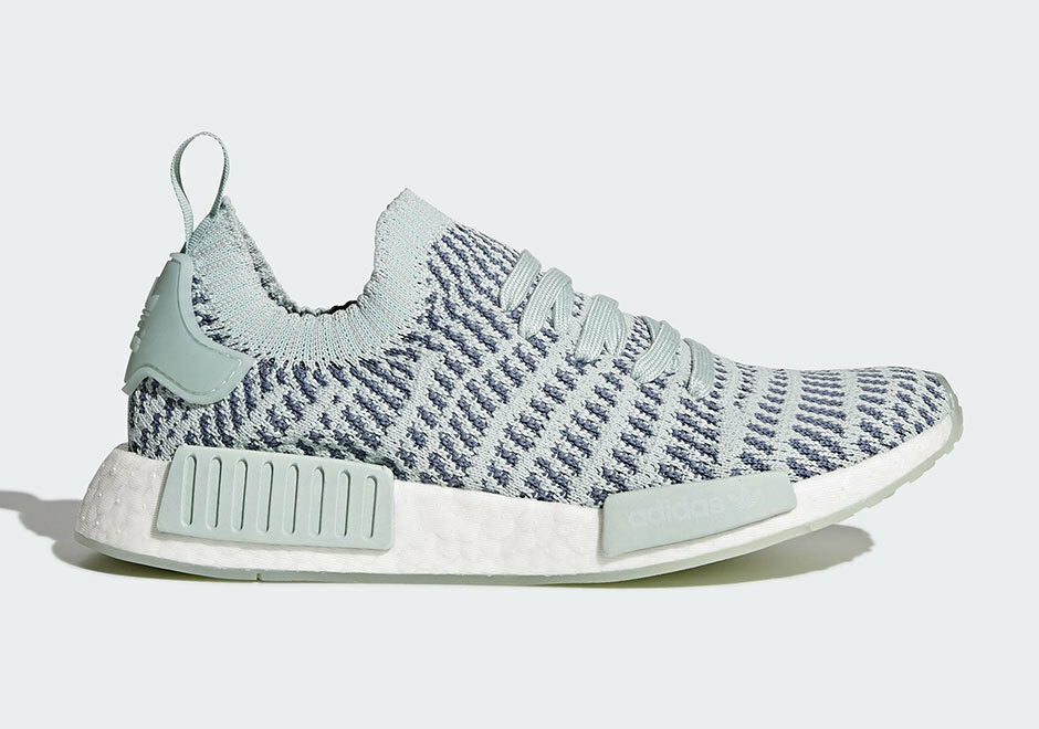 WOMEN'S ADIDAS ORIGINALS NMD R1 STLT PK RUNNING SHOES GREY/WHITE *NEW*