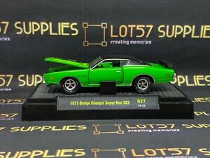 1971 DODGE CHARGER R//T HEMI DIRECT CONNECTION RARE 1//64 SCALE DIECAST MODEL CAR