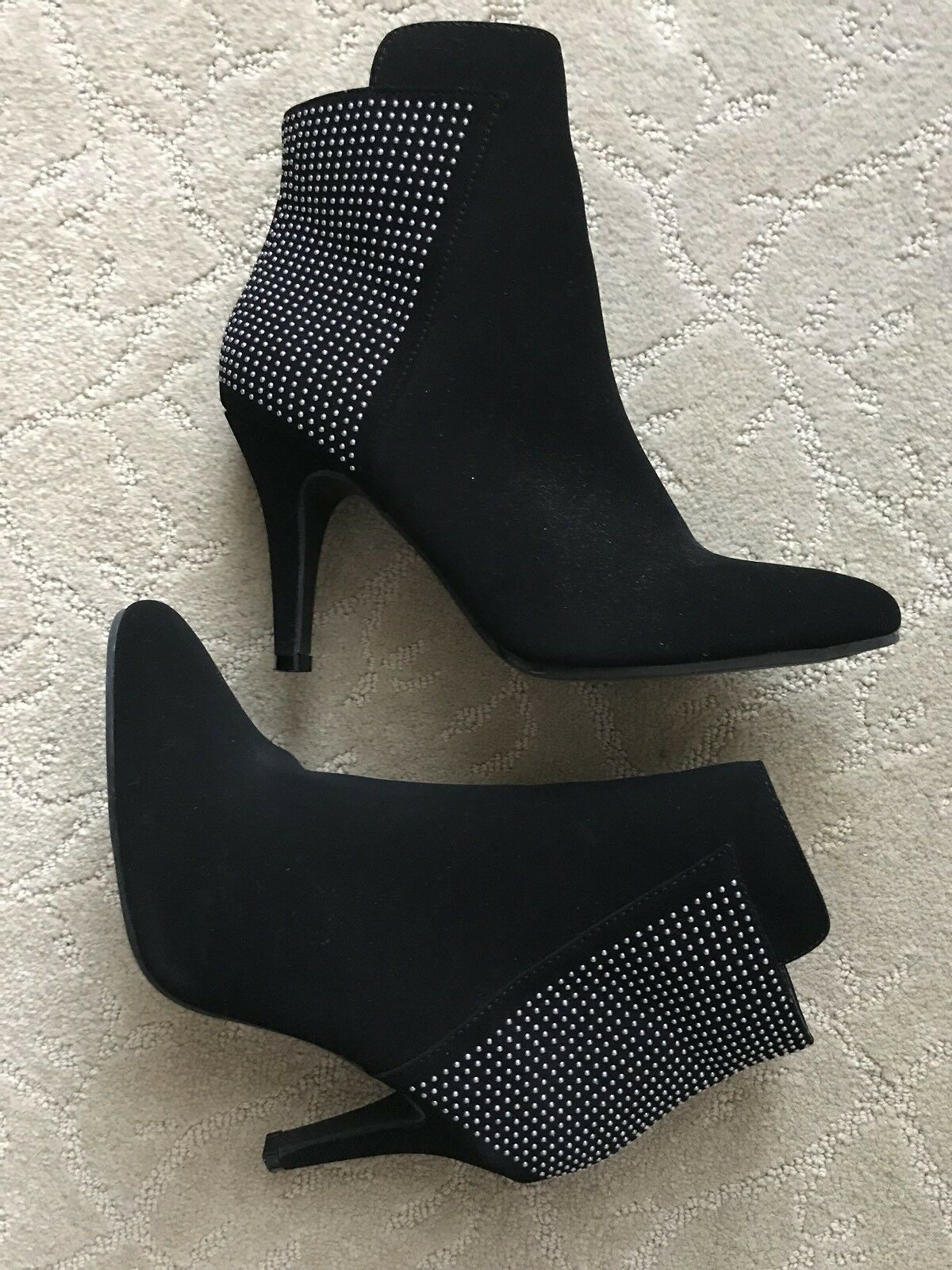 ME TOO Black Ankle Boots Booties Shoes Size 7.5 Emily Suede Rhinestones Blinged