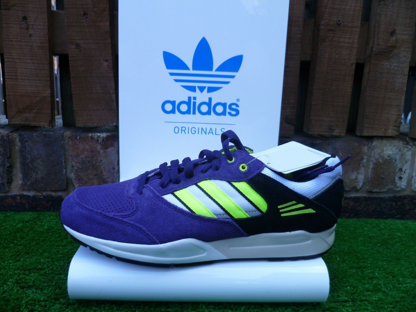 ADIDAS TECH SUPER 80s Casuals UK9 Nuevo Y En Caja ZX 2012 TORSION combinación de Colors RARA  mira