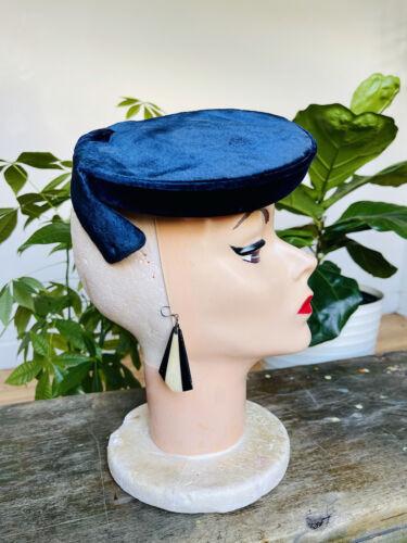 Vintage 1950s Royal Blue Velvet Tilt Hat, Pinup, R