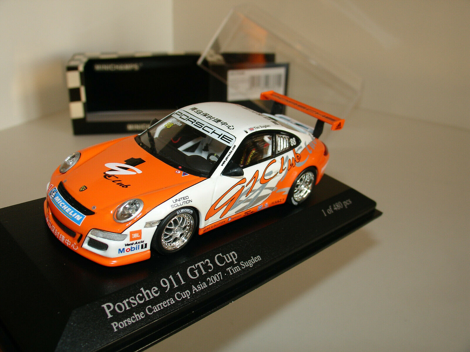 1 43 PORSCHE 911 (997) GT3  88 Carrera Asia Cup 2007 L. E 480 pcs par Minichamps
