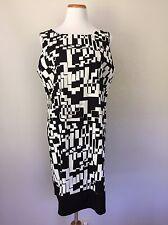 Sleeveless Sz 18 Black & White Mod Geo Print Slip Sheath Dress APT 9