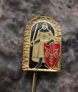 Vyhniansky-Pivovar-Noble-Knight-amp-Shield-Beer-Brewery-Advertising-Pin-Badge