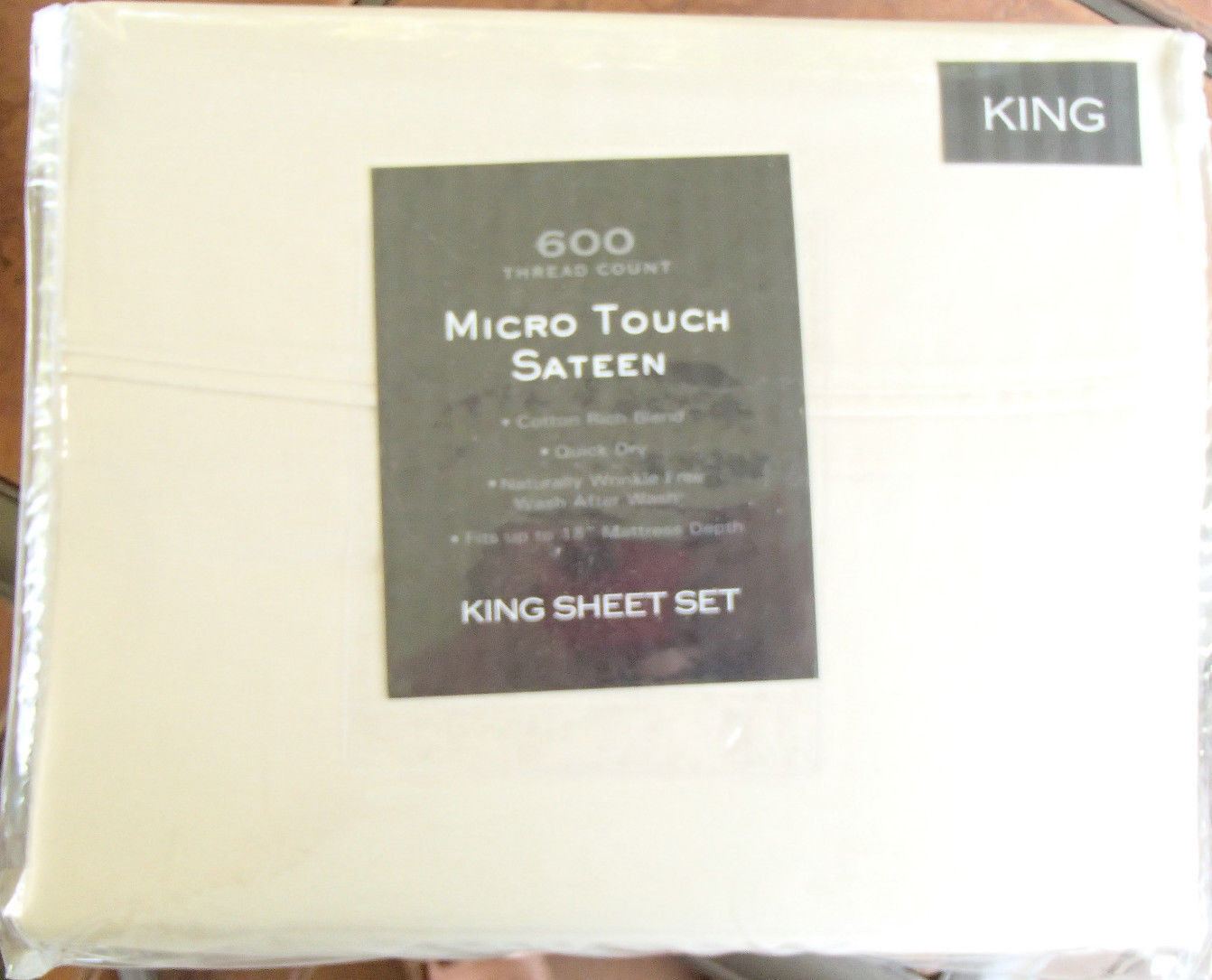 Micro Touch (MicroTouch) Sateen King Sheet Set Ivory 600 Thread Count. 18 Depth