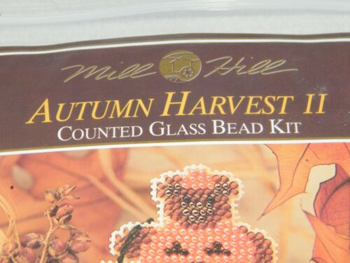 New Mill Hill Autumn Harvest Halloween Counted Glass Bead Ornament Pin Kit