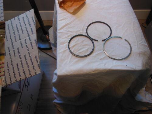 Genuine John Deere  AM878555 Piston Ring Kit