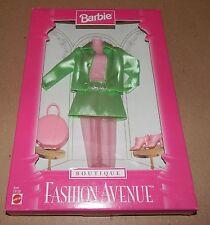 Barbie Fashion Avenue Collection Real Clothes Boutique Mattel 18126 NIB 97 121J