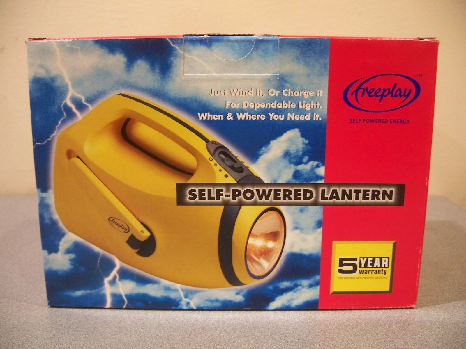 Self Powered Emergency Lantern Flashlight ROAD CAR HAZARD LIGHT HURRICANE SAFETY