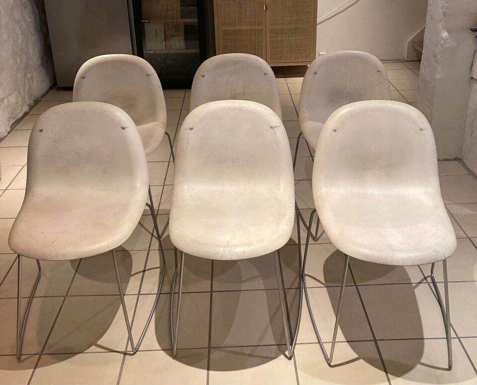 Spisebordsstol, Træsæde beklædt med gummibelægning ,
