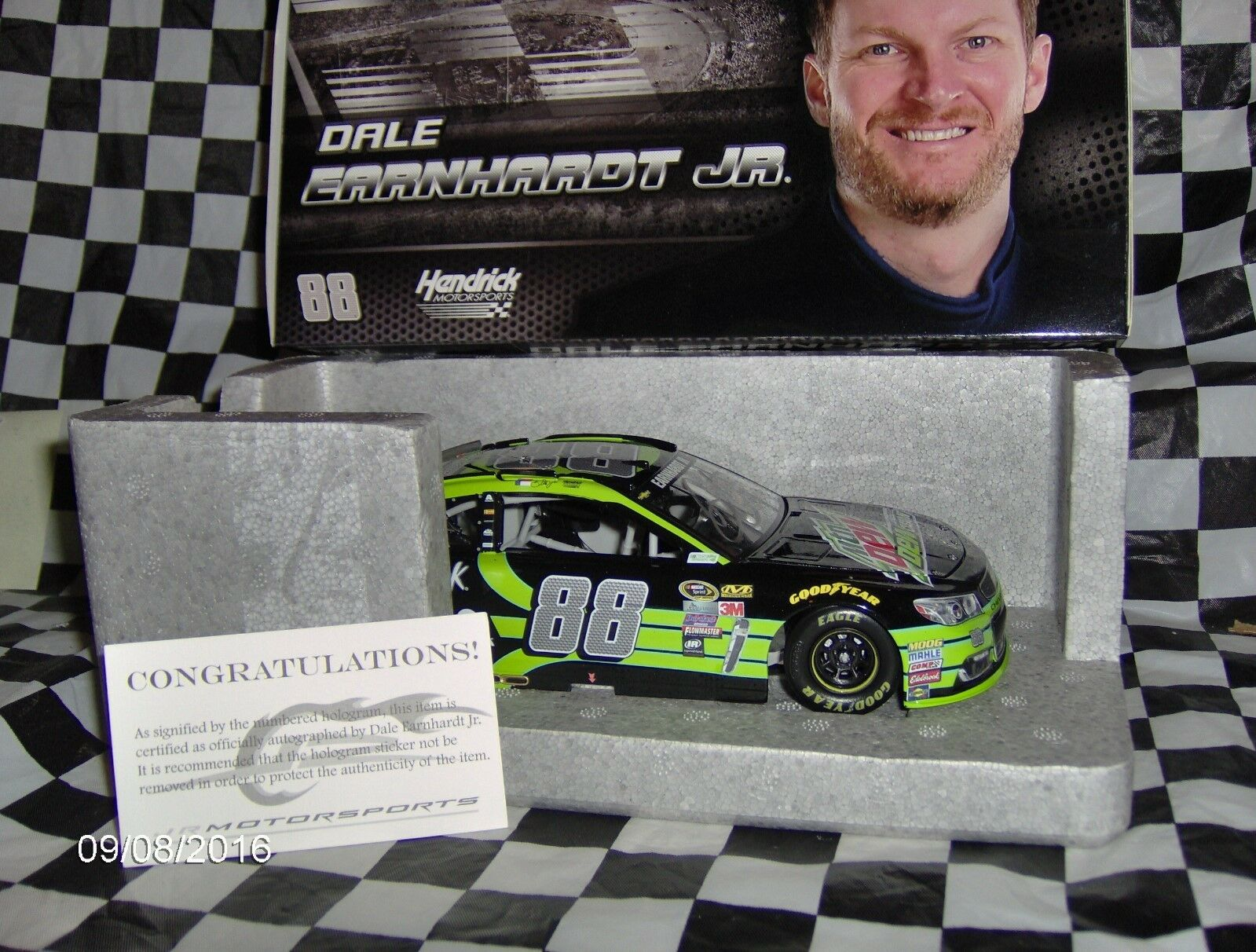 2016 Action Lionel DALE EARNHARDT JR Nº 88 Mountain Dew autographié C.O.A 1 24th.