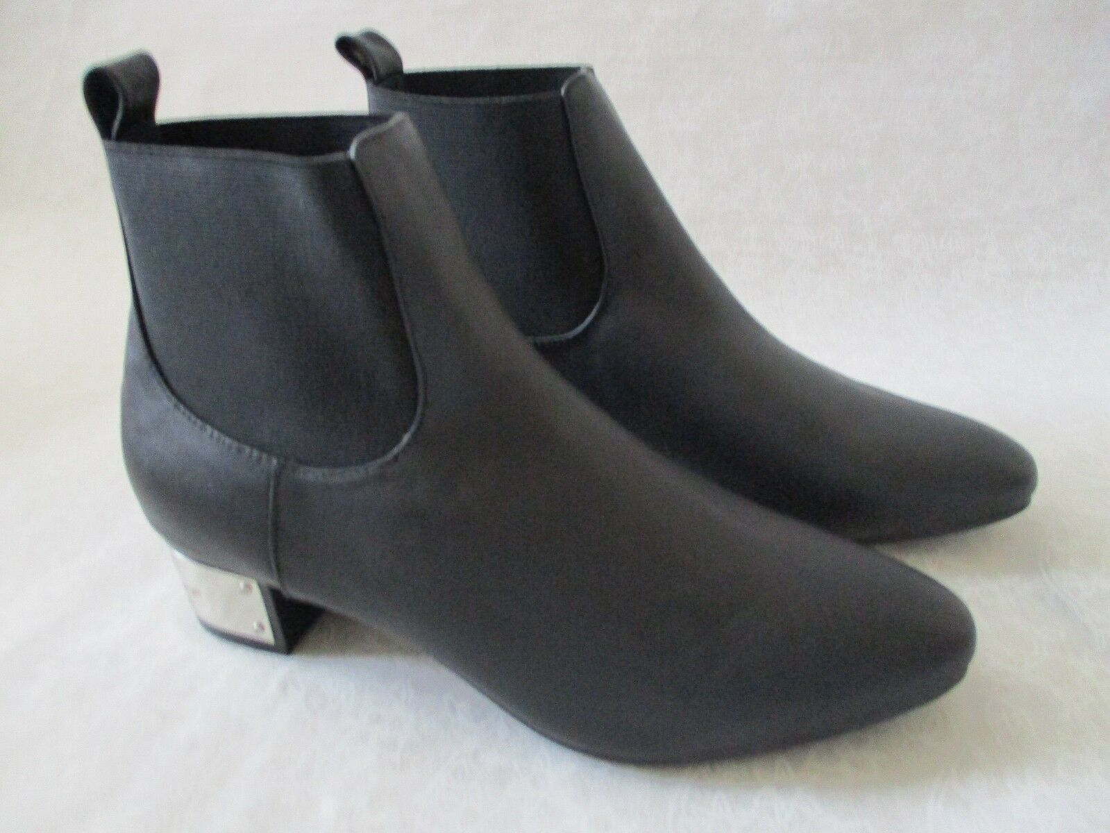 LYRIC CULTURE BLACK LEATHER & FABRIC MUSIC JUMPIN ANKLE BOOTS SIZE 10 W - NEU