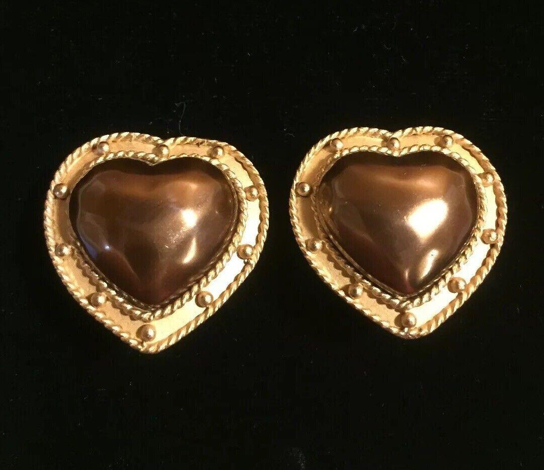 4d9c8e3d004e1 Bronze Carolee Vintage Hammered Runway Signed Earrings On Clip Heart ...