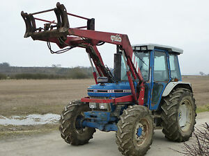 FORD-TRACTOR-6810-4WD-amp-CHILLTON-LOADER