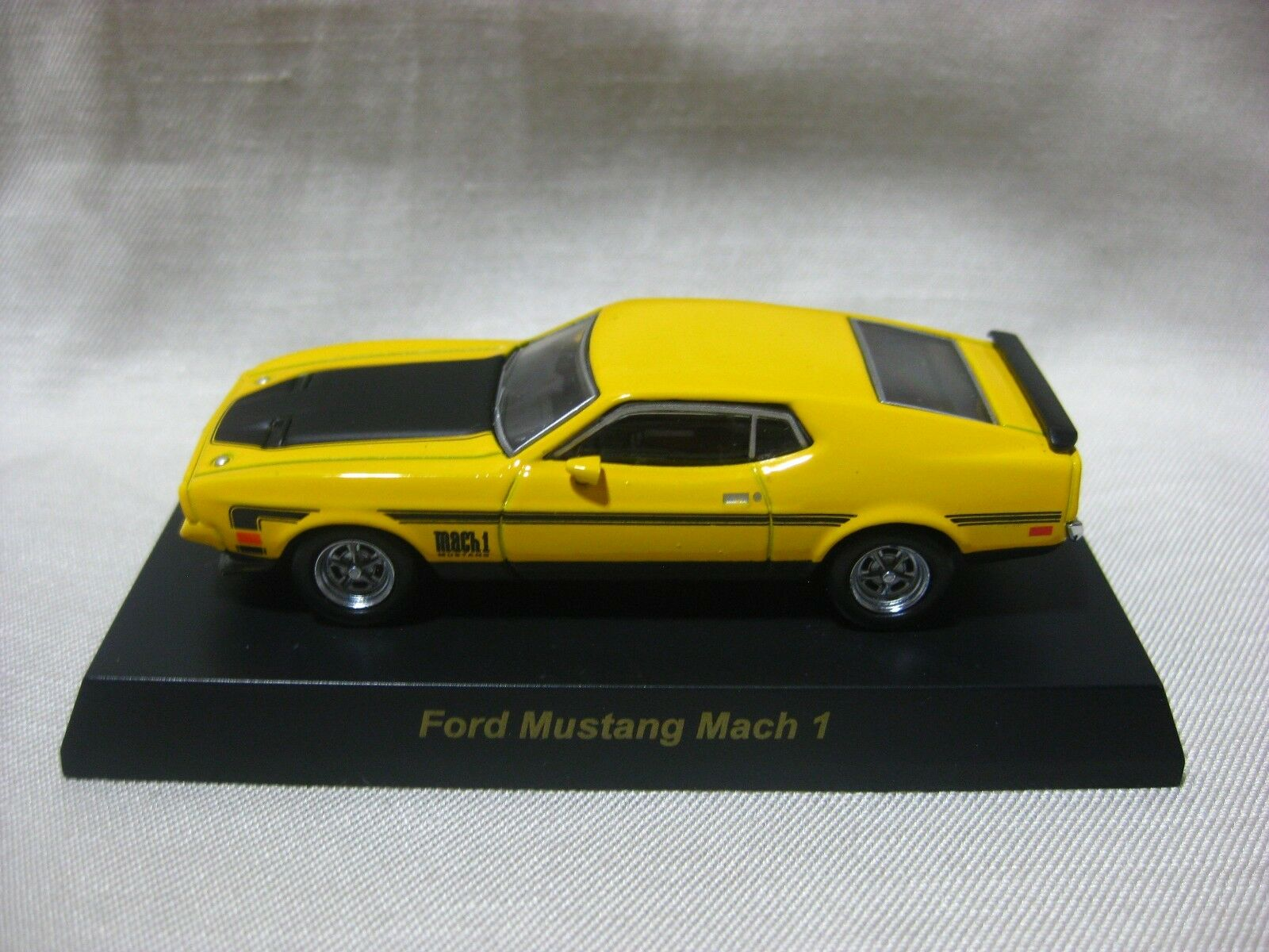 1 64 Kyosho Kyosho Kyosho Ford Mustang Mach 1 Yellow Diecast Model Car 14c5cc