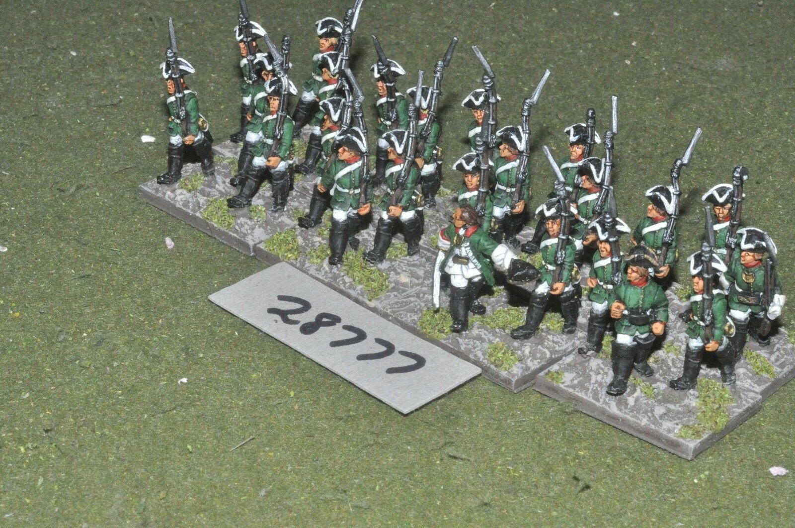 25mm 7YW   russian - regt. 24 figures - inf (28777)