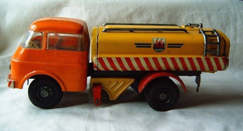 Old plastic tin model toy car trucke tank DDR Germany Germany Germany Lehmann 262