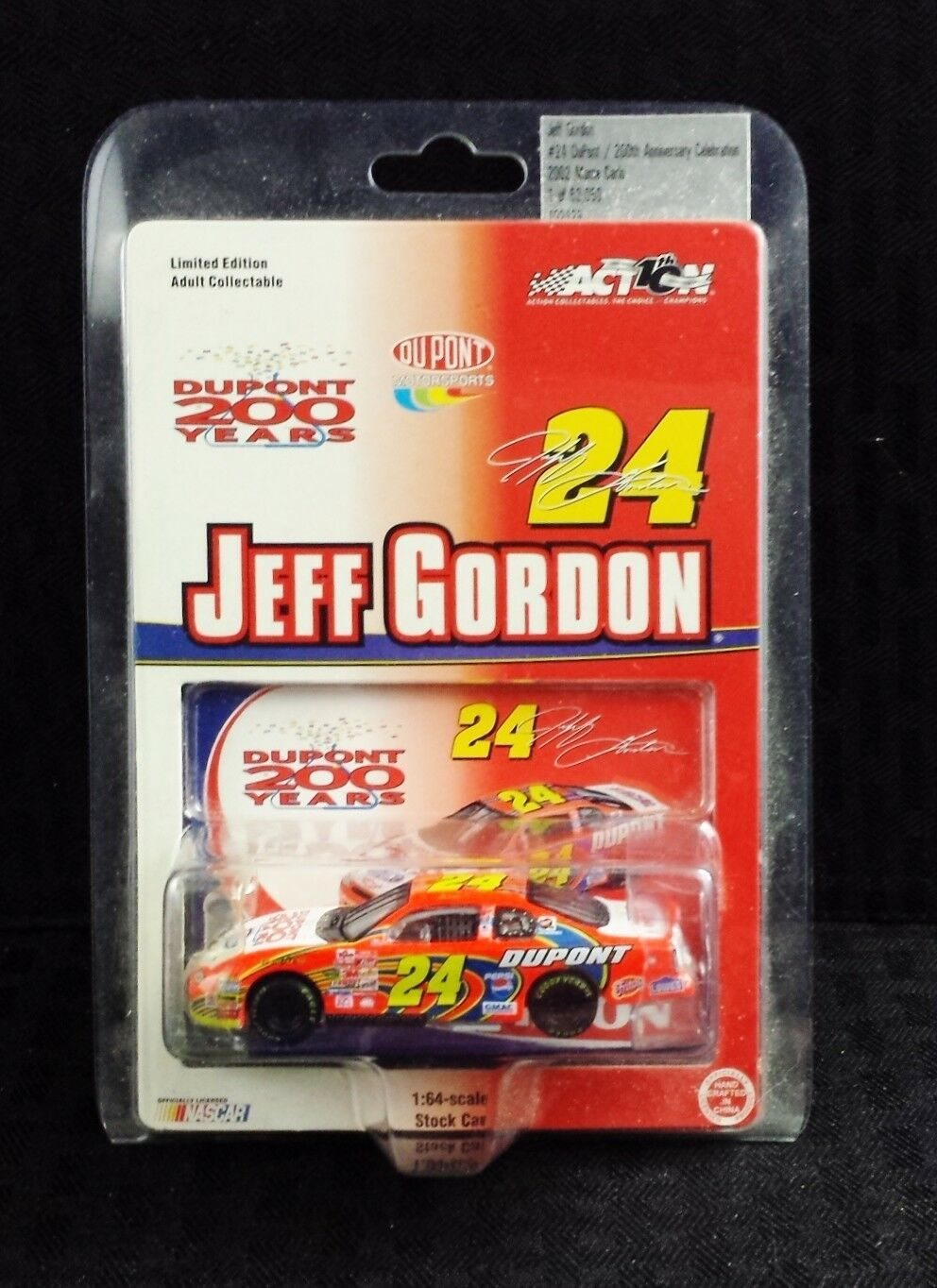 NEW COLLECTIBLE ACTION PERF. JEFF GORDON DUPONT 200TH ANNIV. 2002 MONTE CARLO