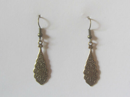SMALL INTRICATE PERSIAN PATTERN GOLD PLATED DROP EARRINGS hook