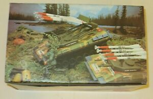REEL TANK LEOPARD MISSILE LAUNCHER CABLE DRIVEN - VINTAGE TOY BATTERY OPERATED