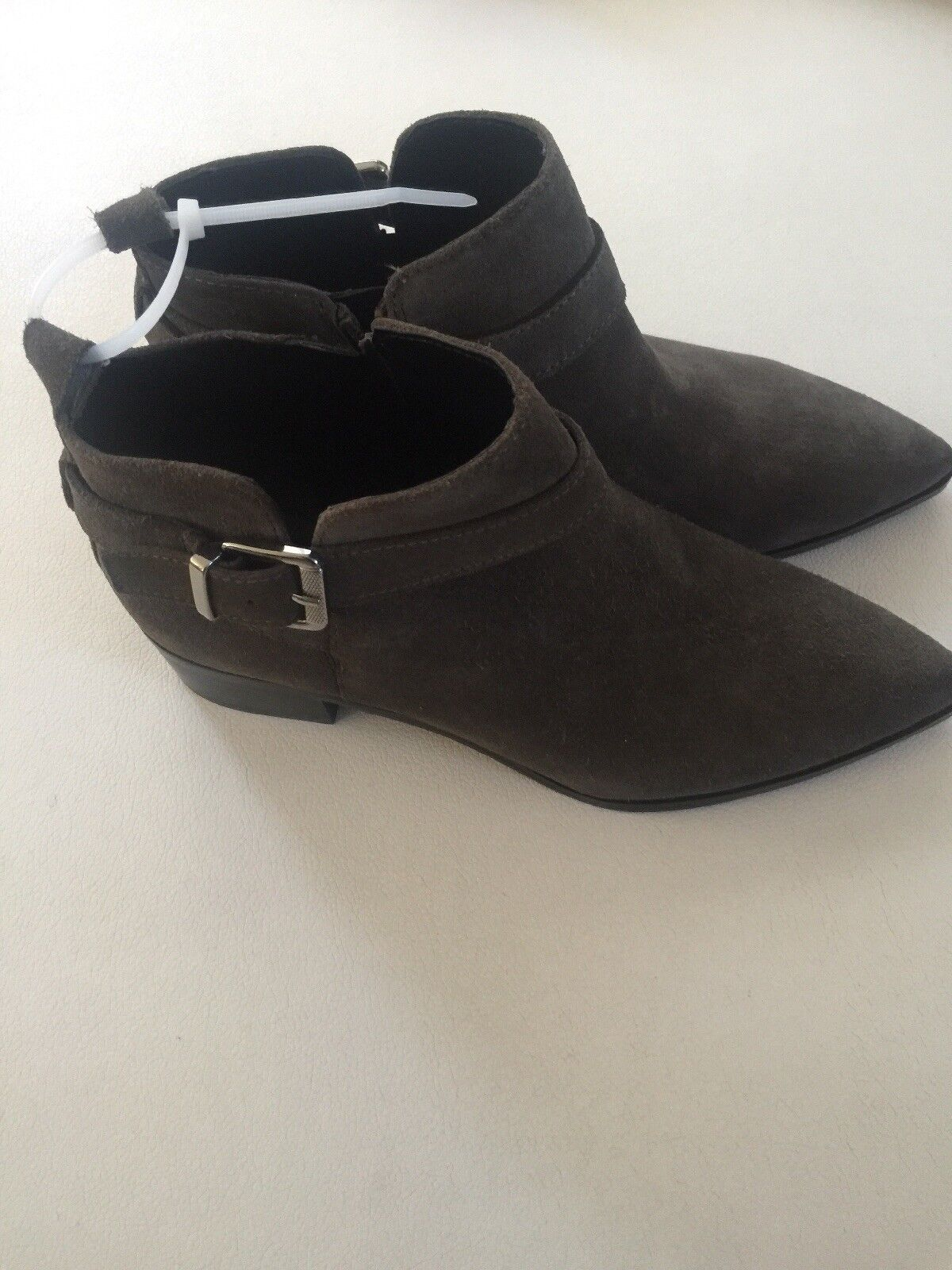 Marc Fisher Ireene Suede Pointed Toe Ankle Stiefel Grau 7.5M NWOB