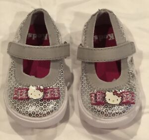 18d3985c91930 KEDS Hello Kitty Charmmy Silver Crib Shoes Sneakers Girls Size 2 (3 ...