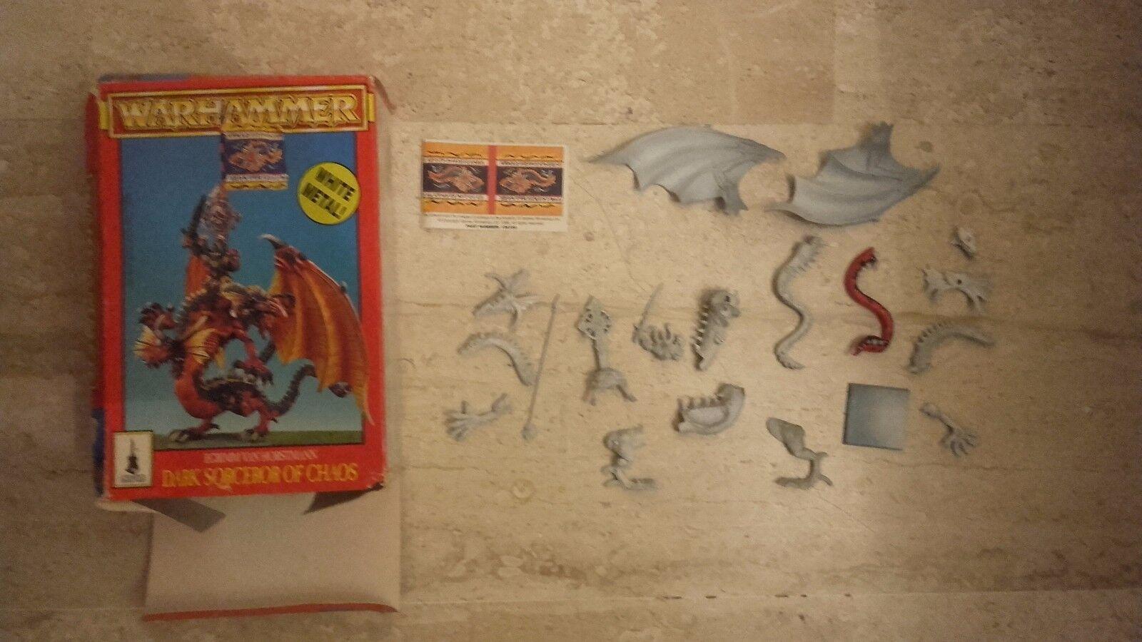 Warhammer sacerdote oscuro dragon metal imprimado y empezado a pintar c abierta