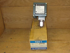 Taihei Boeki SZ400PL Super Z Pressure Switch S12-6318 New in Open Box CSQ