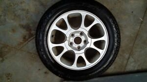 Ford-Galaxy-Y-reg-alloy-wheel-nearly-new-tyre