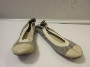b7a10e686 WOMENS COURAGE B IVORY LEATHER/GRAY SUEDE BALLET FLAT SIZE 37 | eBay