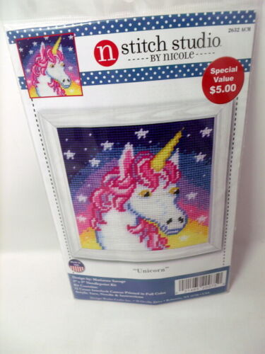 "Design Works UNICORN  Needlepoint Kit 5/"" x5/"" Painted Canvas"